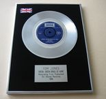 TOM JONES - GREEN, GREEN GRASS OF HOME PLATINUM single presentation Disc